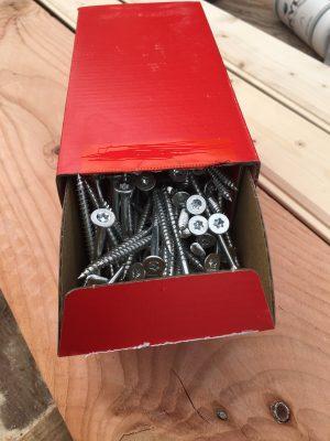 Schroeven Torx gegalvaniseerd verpakt per doos.-0